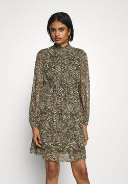 Vero Moda - VMVILDE SHORT DRESS - Freizeitkleid - ivy green