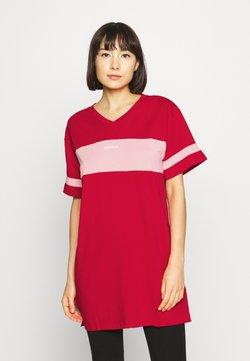 Diesel - UFTEE-CHEERLY T-SHIRT - Nachthemd - red/rosa