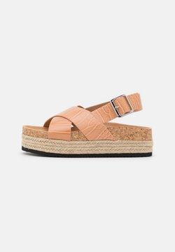 Monki - VEGAN JANNIKE - Korkeakorkoiset sandaalit - beige dark