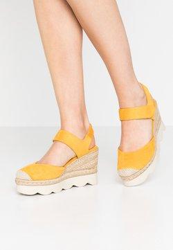 XTI - Sandalen met hoge hak - yellow