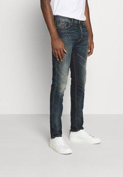 Diesel - TEPPHAR X - Slim fit jeans - 009js 01