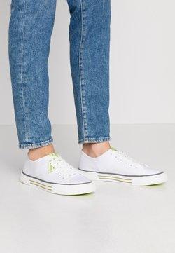 TOM TAILOR DENIM - Sneakers laag - white