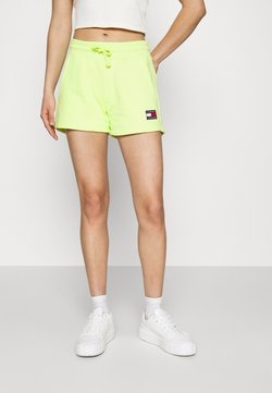 Tommy Jeans - BADGE - Shorts - faded lime