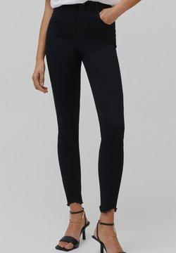PULL&BEAR - SKINNY HIGH WAIST - Jeans Skinny Fit - black