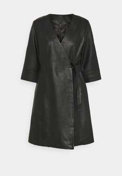 YAS - YASRASHIDA 3/4 WRAP DRESS - Robe d'été - black