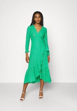 Never Fully Dressed - RAINBOW SPOT MIDIDRESS - Vapaa-ajan mekko - green