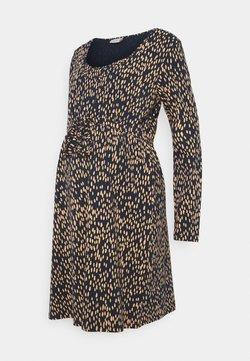 Mamalicious Curve - MLIRENA NELL DRESS - Vestido ligero - dress blues/rose cloud/ cream go