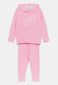 Nike Sportswear - DRI FIT FULL ZIP HOODIE AND JOGGERS SET - Survêtement - pink heather