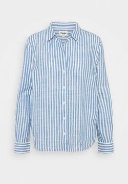 Wrangler - STRIPE - Bluse - strong blue