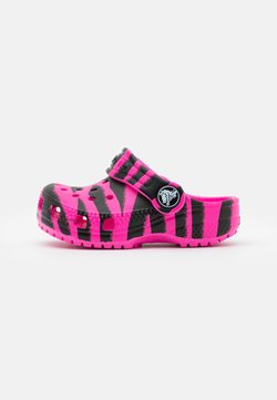 Crocs - CLASSIC OUT OF THIS WORLD  - Badslippers - electric pink/black
