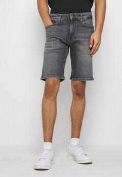 Tommy Jeans - SCANTON - Jeansshort - court