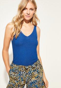 comma - Top - azure blue