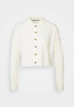Fashion Union Tall - NELLY - Vest - cream