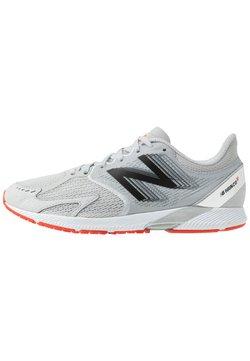 New Balance - HANZO R V3 - Zapatillas de competición - light aluminum