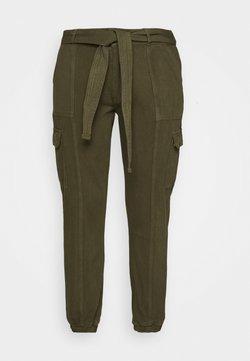 Glamorous Curve - UTILITY TROUSER - Pantalones - khaki