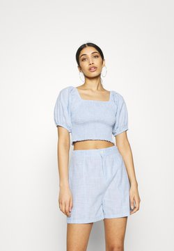 Missguided - SHIRRED BARDOT CHAMBRAY - Bluse - blue