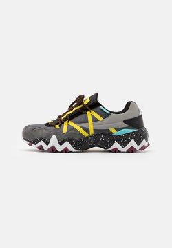 Fila - TRAILER - Sneakers laag - castlerock/aurora