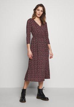 ONLY - ONLPELLA DRESS - Kjole - black/route ditsy