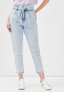 Cache Cache - PAPIERTÜTEN - Jeans relaxed fit - denim bleach