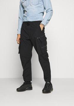 Calvin Klein Jeans - OVERSIZED ZIP POCKET PANT - Cargo trousers - black