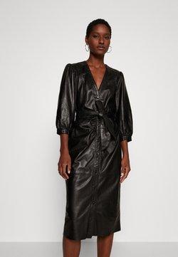 Ibana - DORA DRESS WITH  BELT - Robe fourreau - black