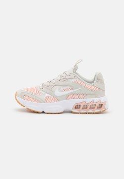 Nike Sportswear - ZOOM AIR FIRE - Sneaker low - light bone/white/pale coral/pink oxford/gum light brown/summit white