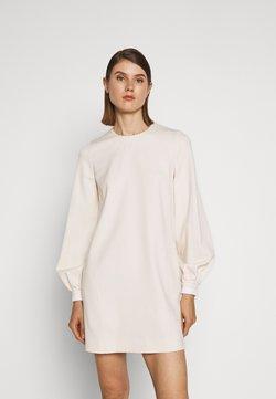 Victoria Victoria Beckham - BELL SLEEVE SHIFT DRESS - Kjole - cream