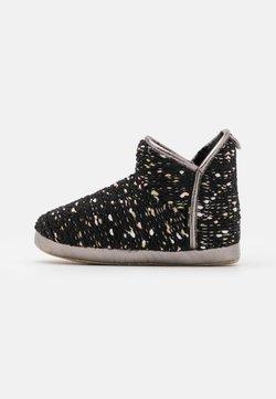 flip*flop - BONNY - Chaussons - black