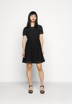 Vero Moda Petite - VMHONEY LACE PLEATED DRESS  - Cocktailkleid/festliches Kleid - black