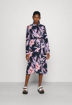 Vila - VIDANIA BELT SHIRT DRESS - Blusenkleid - navy blazer/lana
