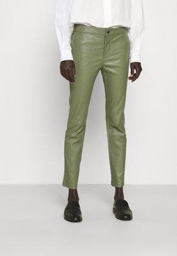 2nd Day - LEYA - Pantalon en cuir - olivine