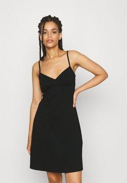 ONLY - ONLMAIKA STRAP NIGHTWEAR DRESS - Nachthemd - black