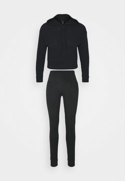 New Look - SOFT JOGGER SET - Jogginghose - black