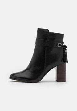 Tamaris - BOOTS - Stiefelette - black