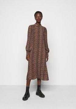 YAS Tall - YASLAIVO DRESS - Vestido camisero - mocha mousse