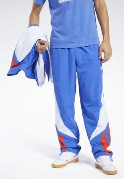 Reebok Classic - CLASSICS TWIN VECTOR TRACK PANTS - Jogginghose - blue