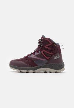 Jack Wolfskin - DOWNHILL TEXAPORE MID - Hikingschuh - burgundy/pink