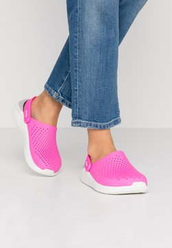 Crocs - LITERIDE - Pantolette flach - electric pink/almost white