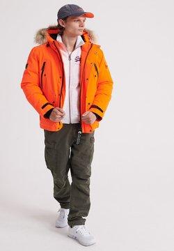 Superdry - Untuvatakki - hazard orange