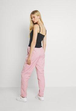 Nike Sportswear - AIR PANT - Jogginghose - pink glaze/white