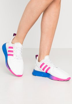 adidas Originals - ZX 2K FLUX - Sneaker low - crystal white/shock pink/blue