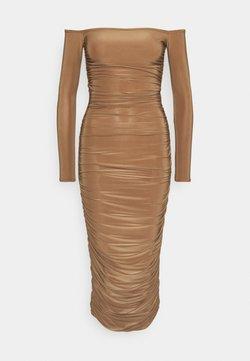 Missguided Tall - BARDOT SLINKY RUCHED MIDAXI DRESS - Sukienka z dżerseju - camel