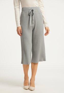 usha - Shorts - grau
