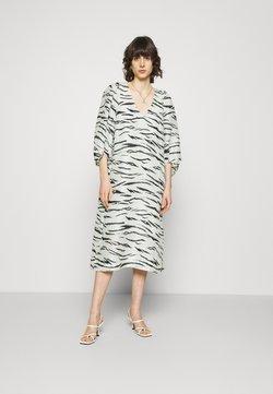 Second Female - TIGER DRESS - Freizeitkleid - clearly aqua