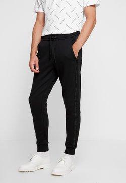 Calvin Klein Jeans - INSTIT TAPE MIX MEDIA PANT - Jogginghose - black
