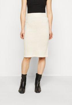 Vero Moda Petite - VMKOREA PENCIL SKIRT - Falda de tubo - birch