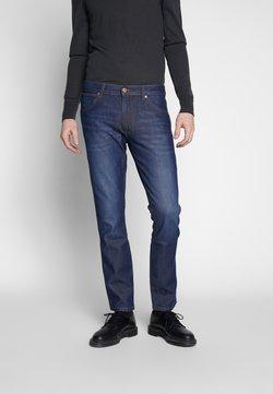 Wrangler - LARSTON - Jeans slim fit - sphere blue