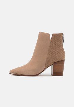 ALDO - JANEECE FLEX - Ankle Boot - beige