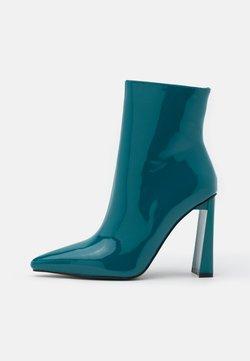 BEBO - ELEXIS - High Heel Stiefelette - blue