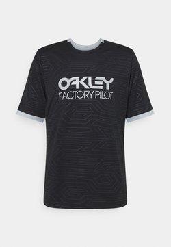 Oakley - PIPELINE TRAIL TEE - T-Shirt print - blackout